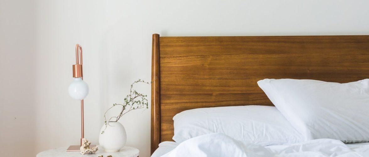 10 Pocket-Friendly Ideas for Bedroom Decoration
